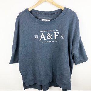 A&F sweater T-shirt Large